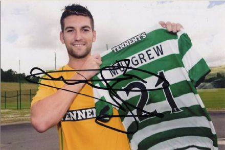 Charlie Mulgrew, Glasgow Celtic, signed 6x4 inch photo.